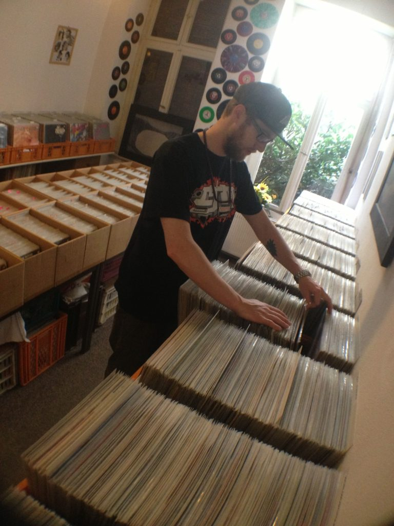 DJ Connect Digging In The Crates